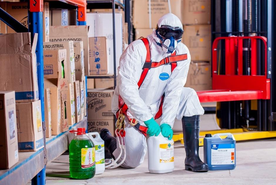 Stocker efficacement les produits dangereux pour protéger ses salariés